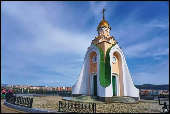 赤塔鹿山教堂